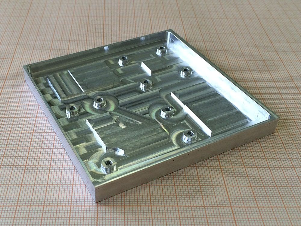 фрезерование корпуса из металла, металлический корпус